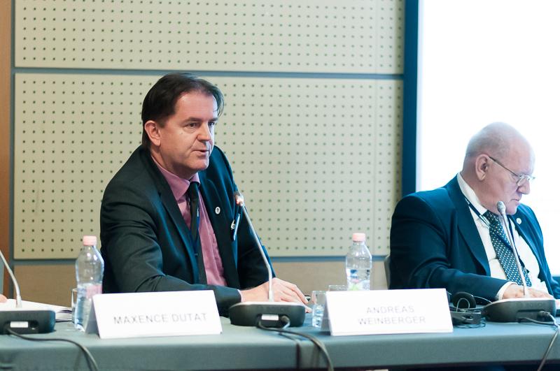 Andreas Weinberger als Experte auf dem Podium (Quelle: INSOL Europe)